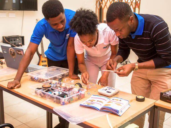 Makerspace-Ghana-2.jpg